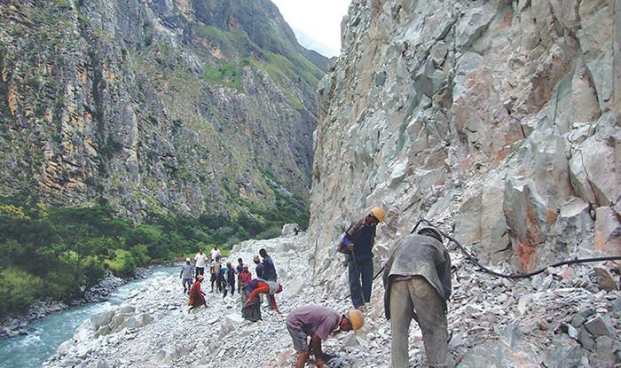 डोल्पा–जाजरकोट सडककाे ट्रयाक खुल्यो