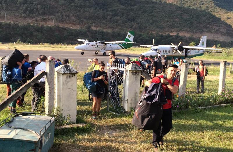 नियमित उडान हुन थालेपछि रामेछापमा पर्यटकहरुको आगमन बढ्दै