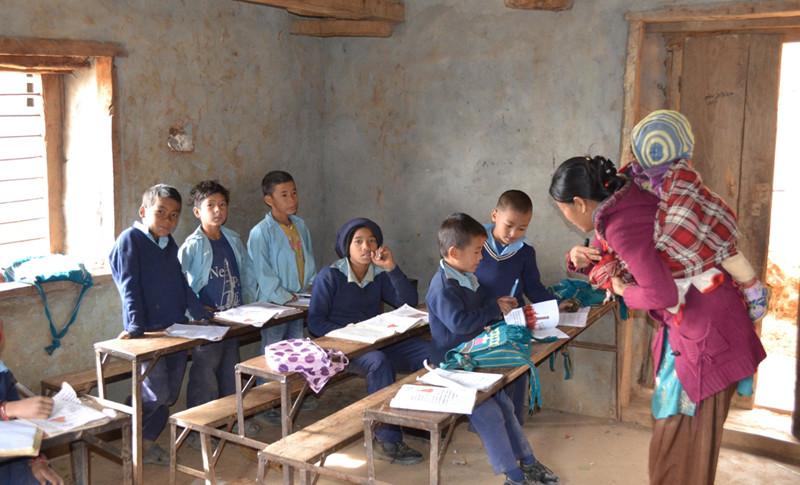 राेल्पामा बिषयगत शिक्षक पाउनै मुस्किल