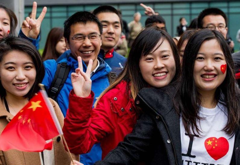 दैनिक ९ घण्टा सुत्छन् चीनका युवाहरु