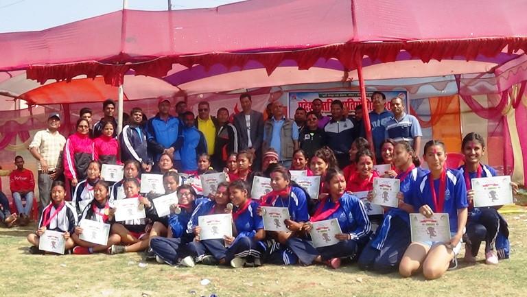 आठौँ राष्ट्रिय खेलकुद छनौट प्रतियोगिताः महोत्तरीको कब्जामा प्रदेशस्तरीय भलिबलको उपाधी