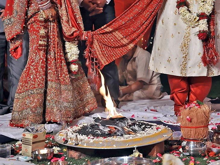 सय रुपियाँका १० नोट ३ पटक पनि सही गन्न सकेनन् दुलाहाले, दुलहीले गरिन् विवाह रद्दको घोषणा