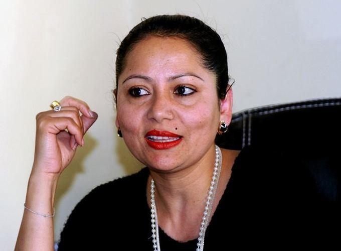 सरिता लामिछानेले दिइन् अध्यक्षमा उम्मेद्वारी