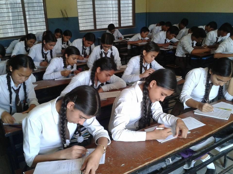 रोकिएको प्रदेश २ को एसईई आजदेखि सुरु : धनुषामा ३ विद्यार्थी निष्काशित